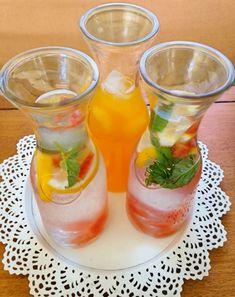 Recept na domácí limonádu - DIETA.CZ Hurricane Glass, Food And Drink, Smoothie, Drinks, Tableware, Eating Clean, Drinking, Beverages, Dinnerware