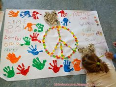 Παιδικές Πινελιές!!!: Οκτωβρίου 2014 Kids Rugs, Teaching, Education, School, Frame, Blog, Peace, Picture Frame, Kid Friendly Rugs