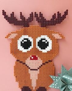 image by Karrusella ( with caption : Hama Beads Design, Hama Beads Patterns, Beading Patterns, Homemade Christmas, Christmas Crafts, Bead Crafts, Diy And Crafts, Christmas Perler Beads, Melting Beads
