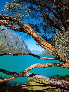 Laguna de Llanganuco - Huaraz - Peru