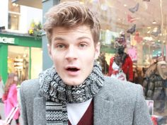 Men's Fashion and Grooming: Jim Chapman. Jim Chapman is a UK-based vlogger active since He is a beauty guru for men Bridal Makeup Looks, Indian Bridal Makeup, Wedding Makeup, Guy Advice, Jim Chapman, British Youtubers, Beauty Youtubers, Ricky Dillon, Indian Bridal Hairstyles