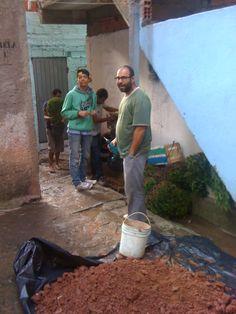 O Projeto Floresta na Viela, que é desenvolvido pelo pessoal do Sustenta Capão leva qualidade de vida para os moradores. Reciclagem e amor a favor da comunidade.