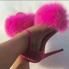 please don't steal! Aesthetic Fashion, Aesthetic Clothes, Real Life Princesses, Bratz Doll, Pink Shoes, Shoes Heels, Sexy High Heels, Stiletto Heels, Christian Louboutin