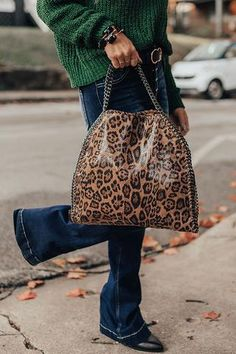 All Eyes On You Leopard Tote • Impressions Online Boutique Leopard Handbag, Leopard Print Bag, Leopard Tote, Tote Handbags, Purses And Handbags, Animal Print Decor, Leopard Pattern, All About Eyes, Bucket Bag