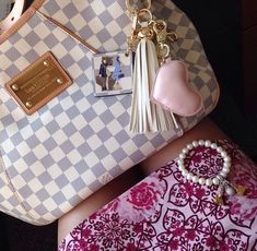 4b7787cd2 2019 New Collection For Louis Vuitton Handbags