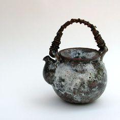 Akiko Hirai: Dobin • Ceramics Now - Contemporary ceramics magazine