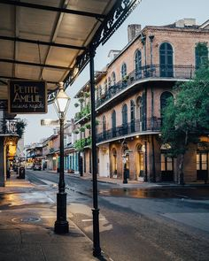 everything orleans morning quarter steamy better french friday happy its new but the in is Its a steamy morning in New Orleans but everything is better in the French Quarter Happy FridayYou can find French quarter and more on our website Places To Travel, Places To See, Wonderful Places, Beautiful Places, New Orleans Travel, New Orleans City, New Orleans French Quarter, New Orleans Louisiana, Louisiana Usa