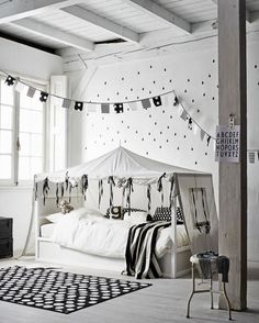 T.D.C | Kidsroom: Beds + Styling