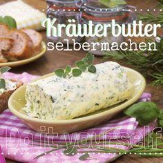 http://eatsmarter.de/ernaehrung/news/kraeuterbutter-selber-machen Selbstgemachte Kräuterbutter verfeinert jedes Gericht.