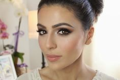 How to Make Foundation Look Smooth and Blended into Skin Properly - 16 Makeup Tricks Every Girl Should Know
