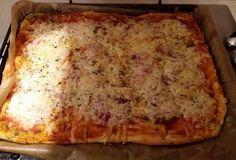 Italské těsto a výborná pizza - recept. Přečtěte si, jak jídlo správně připravit a jaké si nachystat suroviny. Vše najdete na webu Recepty.cz. Pizza, Lasagna, Cheese, Ethnic Recipes, Food, Essen, Meals, Yemek, Lasagne
