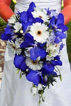 blue wedding flowers ideas
