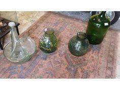 Vendo bellissime bottiglie di vetro di varie tipologie e dimensioni, se anche voi avete della merce che non usate più contattateci noi ritiriamo merce in...