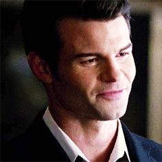 Everything Daniel Gillies : Photo