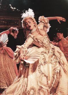 Madonna - Vogue on MTV
