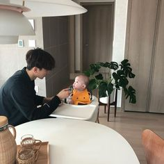43 Trendy baby boy and daddy ulzzang Cute Asian Babies, Korean Babies, Cute Korean Boys, Cute Babies, Father And Baby, Dad Baby, Baby Kids, Baby Boy, Mode Ulzzang