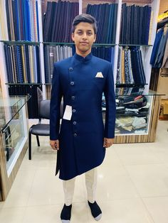 Blazer For Men Wedding, Wedding Kurta For Men, Wedding Dresses Men Indian, Wedding Dress Men, Mens Indian Wear, Indian Groom Wear, Indian Men Fashion, Mens Fashion Suits, Gents Kurta Design