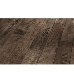 laminate flooring looks like old shipping crates by Parador - guest bath Tile Effect Laminate Flooring, Hardwood Floors, Industrial Interior Design, Industrial Interiors, Wooden Shipping Crates, Old Crates, Guest Bath, My Dream Home, In The Heights