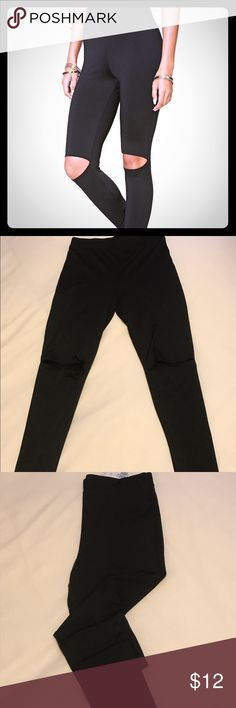 Forever 21 distressed knee leggings Forever 21 new with tags distressed knee leggings. Have openings on both legs to expose knees, high waist fit. Stretchy. Size: large Color: black. Forever 21 Pants Leggings