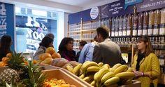 PARÍS ABRE EL PRIMER SUPERMERCADO LIBRE DE ENVASES   #Ecología #Sociedad #Actualidad #Noticias #Alimentación #Ecology #Health #News   http://www.informador.com.mx/tecnologia/2015/623928/6/abre-en-paris-el-primer-supermercado-libre-de-envases.htm