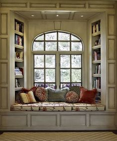 oh a window seat, that's something else i would want in my dream house. a kitchen island, a window seat. ya know, fun stuff Traditional Windows, Traditional Benches, Traditional Ideas, Sweet Home, Home Libraries, Cozy Nook, Cozy Corner, Bed Nook, Alcove Bed