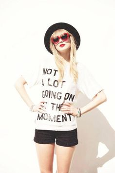 I love this look Taylor Swift Outfits, Taylor Swift Songs, Taylor Swift Party, Taylor Swift Birthday, Estilo Taylor Swift, Taylor Swift Pictures, Taylor Alison Swift, Taylor Swoft, Taylor Swift Shirts
