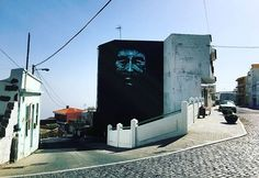 Street art has a wonderful ability to teach us about history & culture. This mural depicts José Padrón Machín, journalist and writer, and one of the most loved people in the Canary Islands.⠀ –⠀ Mural by @txemy.⠀ –⠀ #streetart #art #urbanart #culture...