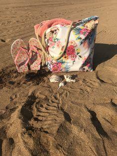 Haz tu bolsa de playa de manera muy sencilla Diy, Beach Bags, Totes, Places, Bricolage, Do It Yourself, Fai Da Te, Diys