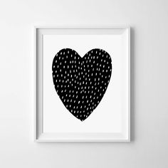 Digital Print, Black and white, printable art, Heart  Print, Instant Download, nursery Wall Prints, Digital Art, kids room decor door MiniLearners op Etsy https://www.etsy.com/nl/listing/213162584/digital-print-black-and-white-printable