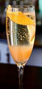 Cin Cin with a Bellini: Raising Your Glass with Peaches and Prosecco
