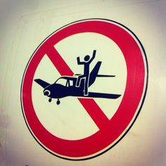 ... ACHTUNG BITTE!!! #munich #flughafenmunich #kids #travel #igerseverywhere #fly