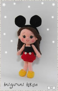 Amigurumi Mickey Mouse girl doll. I love this style of crochet doll with the cute small nose and mouth. I would love to see if I could duplicate it somewhat.