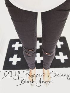 DIY Ripped Skinny Black Jeans - Lifeandlovely.com