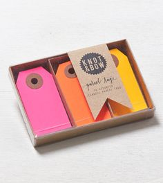 Multi Knot & Bow Parcel Tag Trio Box