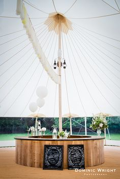 Sperry tent with circular oak bar. www.papakata.co.uk