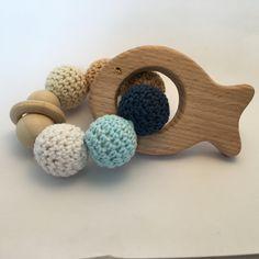Hochet de perles en bois