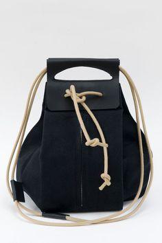 Pop-up borsa in tela con manici in pelle tutto di chrisvanveghel