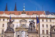Entrée du Chateau de Prague Statue Of Liberty, Travel, Visit Prague, Statue Of Liberty Facts, Viajes, Statue Of Libery, Destinations, Traveling, Trips