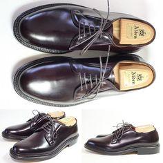 2017/02/17 20:07:10 shoesaholic1 ALDEN CORDOVAN PLANE TOE 990. あるオールデンマスターが、「俺は母ちゃんの腹の中にいる頃から990を履いていて、産まれてすぐに990歩あるいた」とお釈迦様みたいな事を言ってましたが、やっぱり格好良いですね。アメリカ靴の森羅万象が詰まった990は、靴ブッダになりたい方にオススメです。この個体はキレイです。 ITEM ID :212 #alden #cordovan #コードバン #シューホリック#井上精肉店 #shoes #Mensshoes #shoepolish #boots #Mensfashion #bespoke #tailar #stylish #fashiongram #instastyle #lookbook #luxury #gentleman #styleforum #ootd #高級靴 #靴磨き #足元くら部 #足元倶楽部 #高級 #オールデン #パラブーツ #ジョンロブ #エドワードグリーン #クロケットアンドジョーンズ Alden 990, Alden Cordovan, Us Man, Denim Fashion, Get Dressed, Leather Shoes, Men's Shoes, Oxford Shoes, Menswear