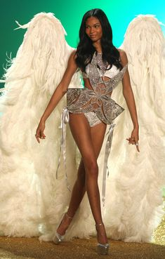 Chanel Iman Photo - The 2010 Victoria's Secret Fashion Show in New York