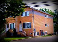 Daily Sold Home is for a multi-family in Tottenville. Sold by RealEstateSINY.com's Mary Sjeime, 7260 Amboy Road fetched $468,000. www.realestatesiny.com #RealEstateSINY #StatenIsland #NewYork #DailySoldHome #Tottenville