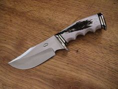 Grizzly Hunting Bowie