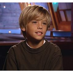 Cole Sprouse Jughead, Cole M Sprouse, Dylan Sprouse, Zack Et Cody, Suit Life On Deck, Cody Martin, Cole Sprouse Shirtless, Cole Sprouse Aesthetic, Cole Sprouse Wallpaper