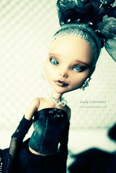 """OOAK Monster High Cleo de Nile  """"Lady Constance""""  www.mespetitsparadoxes.com"""