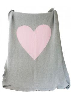 Heart Knit Blanket in Pink