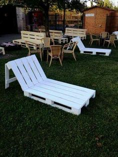 When you plan to invest in patio furniture you want to find some that speaks to you and that will last for awhile. Although teak patio furniture may be expensive its innate weather resistant qualit… Pallet Garden Furniture, Diy Furniture, Outdoor Furniture, Outdoor Decor, Rustic Furniture, Antique Furniture, Modern Furniture, Furniture Makeover, Recycled Wood Furniture