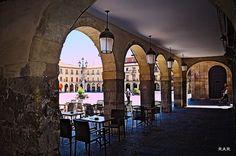 Arcos con aroma de vino.   Roberto A. R. Arches, Portraits, Scenery