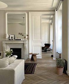 Dream Home Design, Home Interior Design, House Design, Sala Vintage, Dream Apartment, Fireplace Design, Interiores Design, Dyi, Architecture Design