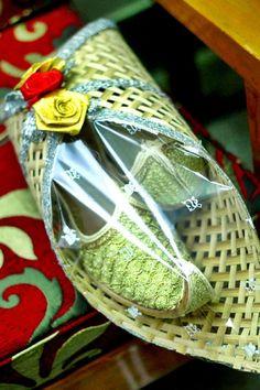 Groom's nagra shoe