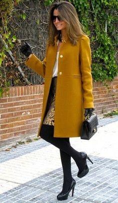 Mustard coat, white shirt, gold and black baroque skirt, black tights, bag and booties classy Look Fashion, Womens Fashion, Fall Fashion, Simply Fashion, Fashion Coat, Fashion Clothes, Petite Fashion, Curvy Fashion, Denim Fashion